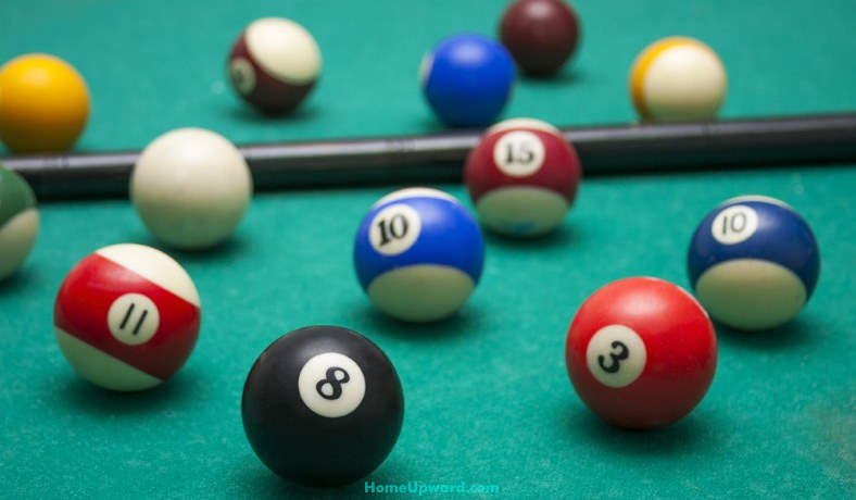 how to clean billiard balls at home featured image