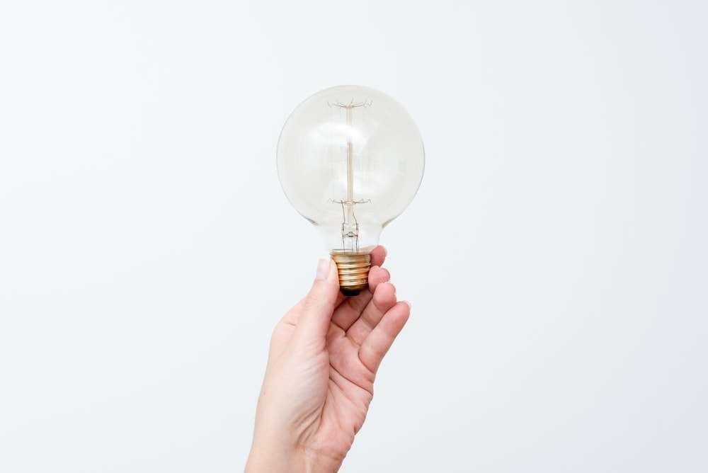 Which Lightbulb Is Closest To Natural Light?